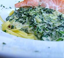 Noodles, Spinach n Salmon by TriciaDanby