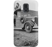 Dorothea Lange atop automobile in California. The car is a 1933 Ford Model C, 4 door Wagon. Samsung Galaxy Case/Skin