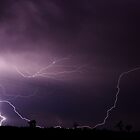 lightning Queensland, Australia by jdeguara