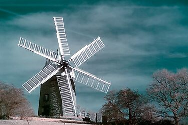 Infra-red Windmill by Steven  Lee