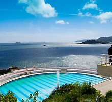 Plymouth Hoe Swimming Pool by DonDavisUK