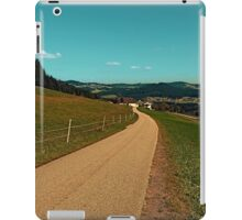 Country road into some autumn scenery | landscape photography iPad Case/Skin