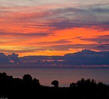 A fiery sunrise by Andrea Rapisarda