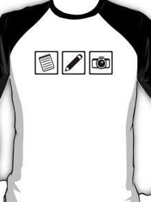 Journalist equipment T-Shirt
