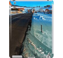 Winter road into far distance | landscape photography iPad Case/Skin