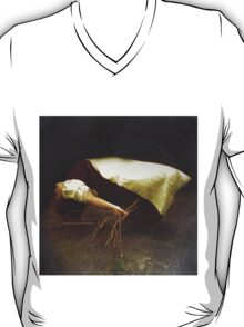 The dead bouquet T-Shirt