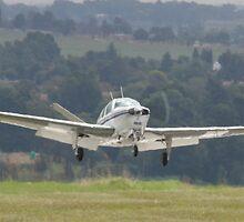 Beechcraft Baron V35 by Paul Lindenberg