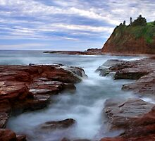 Rock Pool by Ken Boxsell
