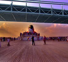 Queen Mary 2 Under the Verrazano Bridge by Peter Bellamy