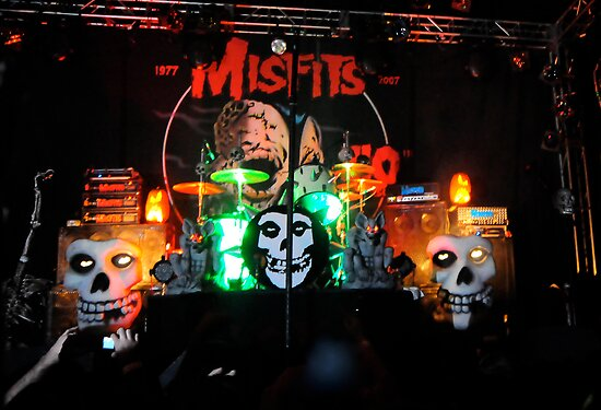 Misfits by Lizzie Phillips