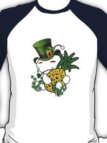 r/trees_IRISH T-Shirt