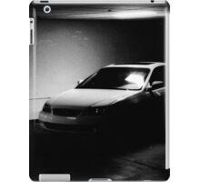 00402 iPad Case/Skin