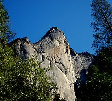 Sheer Face Rock...........Up Up and Away by davesdigis