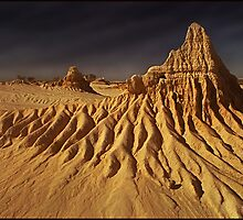 Lake Mungo -02 . National Park. NSW. Australia by Albert Sulzer