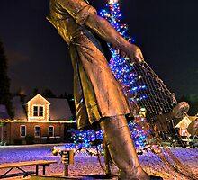 Fishermen's Memorial by Bryan Peterson