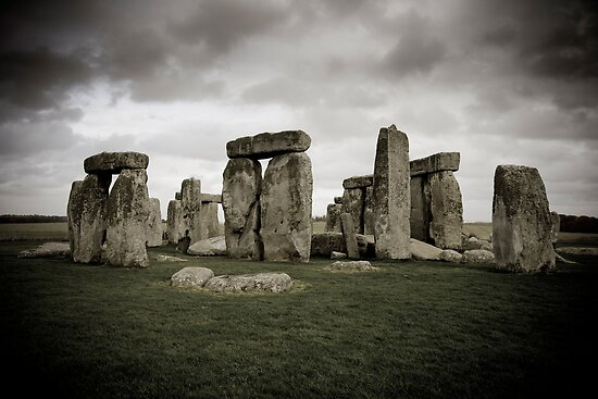 Stonehenge, UK. by Luka Skracic
