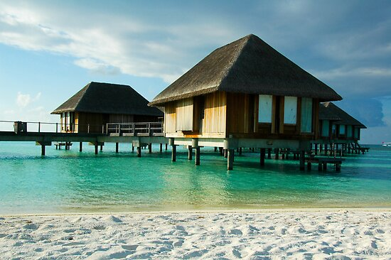 Maldives Beach Resort by hancheng