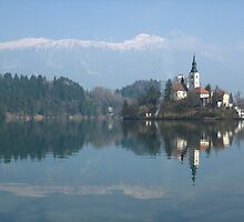 Island in Lake Bled by jojobob