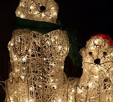 Mr. and Mrs. Santa Bear by kimbarose