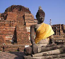 Buddha by miharu