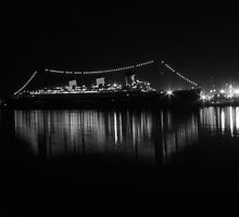 Queen Mary B/W by Anne-Marie Bokslag