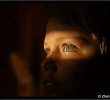 Young eyes - see the light by DANNY HAYES