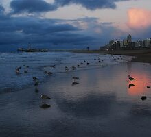December evening clouds at Scheveningen by jchanders
