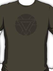 Celtic Ironman Arc Reactor Mk2 Black no fill T-Shirt