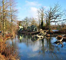 Dinasaur Enclosure Crystal Palace by DonDavisUK