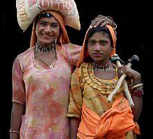 Gipsies in Jaisalmer, Rajasthan India by Bev Pascoe
