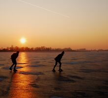Sunset skaters by jchanders
