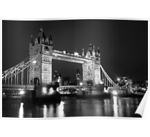 tower bridge bw Poster