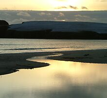 Wintery sky on St Ninians Tombolo by matthewvl