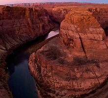 sunrise at horseshoe bend by Rachel  McKinnie