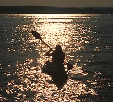 Sunset Kayaker by mklue