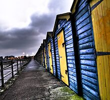 Beach Huts at Minnis Bay by Gareth Holloway