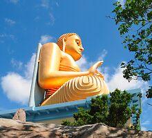 Golden Budda statue by matsta