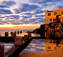 Coogee Baths by djkphotoart