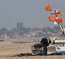 Aldeburgh beach  by CWPImages