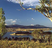 Lake Jindabyne by Terry Everson