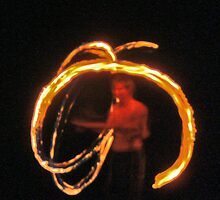 fire twirling # 4 by Sam Fonte