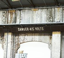 Danger 415 Volts by contagion