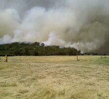 Bunyip Ridge Fire 7/2/09 by Tamara Bush