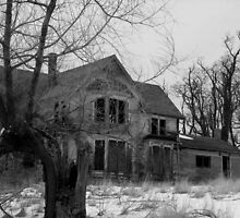 Old House in Black and White by GPMPhotography