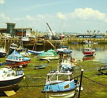 Beautiful Brixham harbour by Jboy