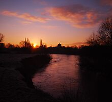 Dawn On The River by Simon Pattinson