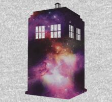 Space Tardis by alienaviary