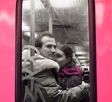 Couple in Pink Subway by Aurélien Selle