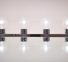4 Light Bulbs by marz808
