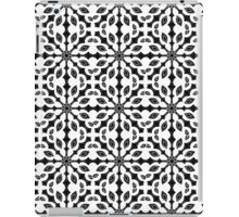 seamless pattern in black and white iPad Case/Skin